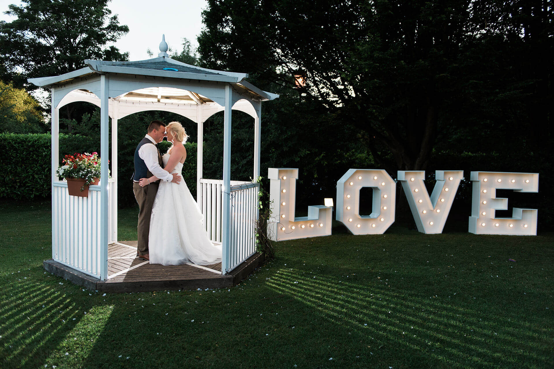 Downe Arms Hotel Scarborough wedding photography North Yorkshire